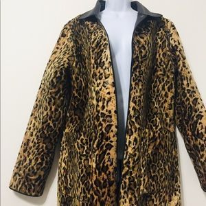 ⭐️NewPort News Leopard Leather Trench Coat⭐️
